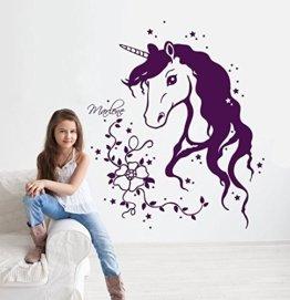 Wandtattoo Einhorn Einhornwandtattoo mit Namen Sternen Ranke Blumen Einhörner unicorn Mädchenwandtattoo Kinderzimmer M1291 (Beere) -